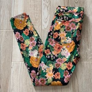 7 For All Mankind Black Floral Gwenevere Skinny